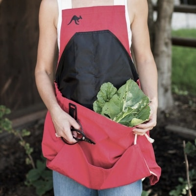 Roo gardening and harvesting apron